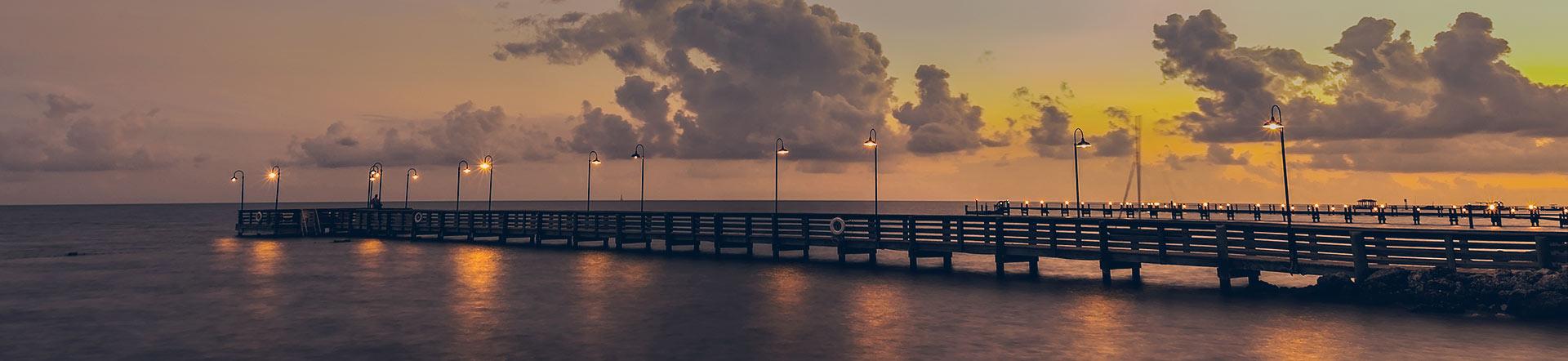 contact-Islander-red-dusk